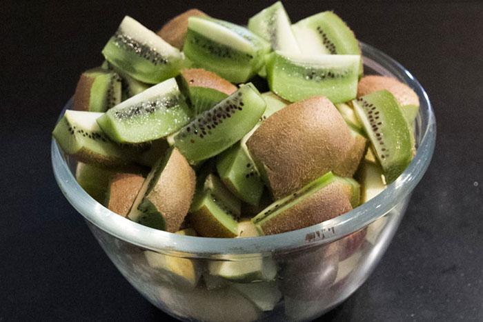 Smoothie met kiwi, appel en banaan