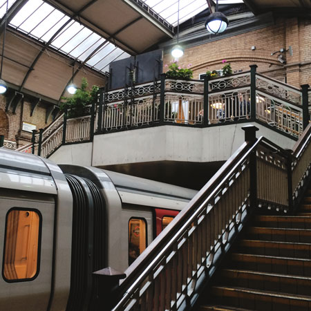 Metrostation Bayswater