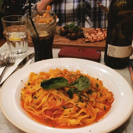 Pasta bij Bella Italia