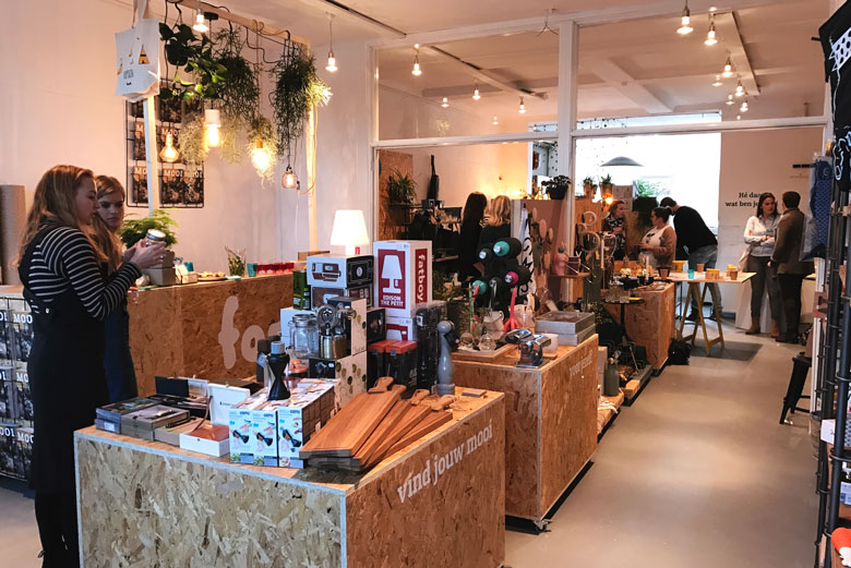 Pop-up gift store van fonQ in Amsterdam